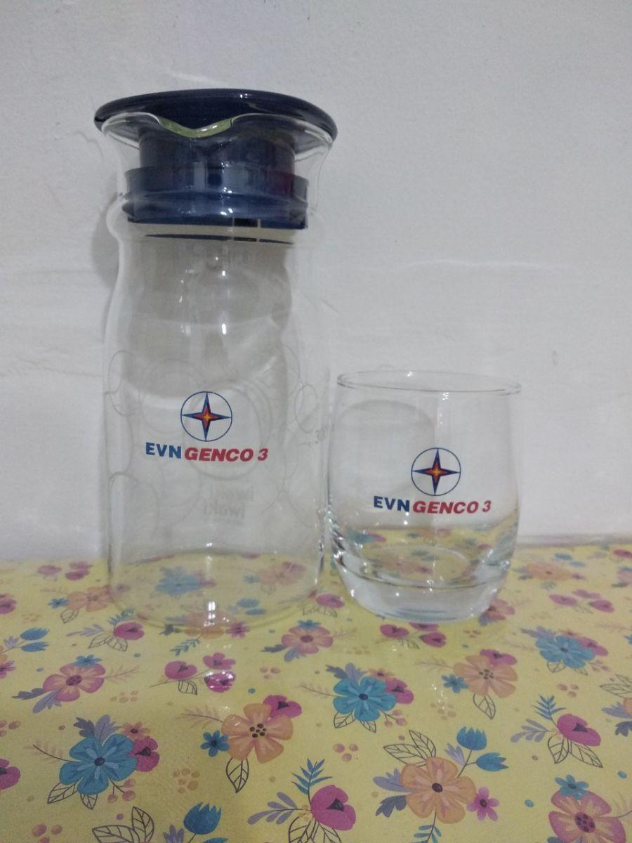 Đặt bộ cốc thuỷ tinh kèm bình in logo làm quà tặng doanh nghiệp ở đâu tại tphcm ?